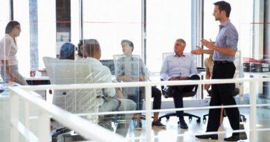 Olika typer av formella strukturer i organisationer